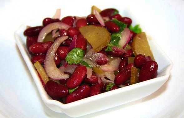 Салат красный фасолью и рецепт