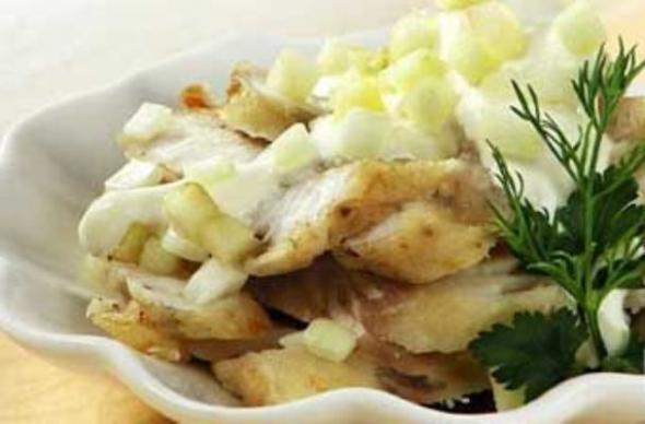 Салат из рыбы жаренной фото
