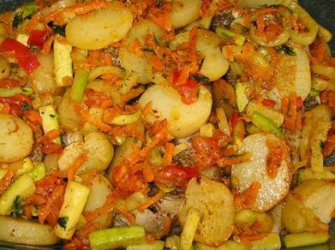 Тушеное рагу из овощейы