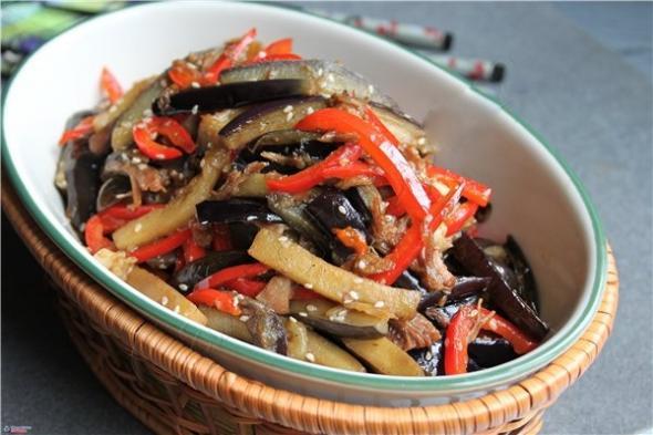 Салат с говядиной и баклажанами рецепт с