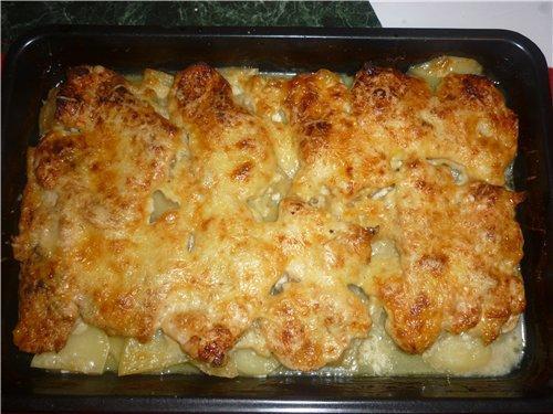 картошка с курицей и ананасами в духовке